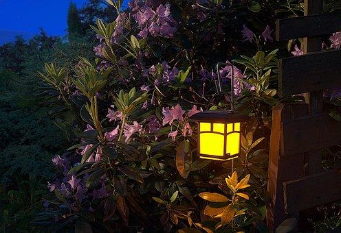 Avoid Landscape Lighting Mistakes